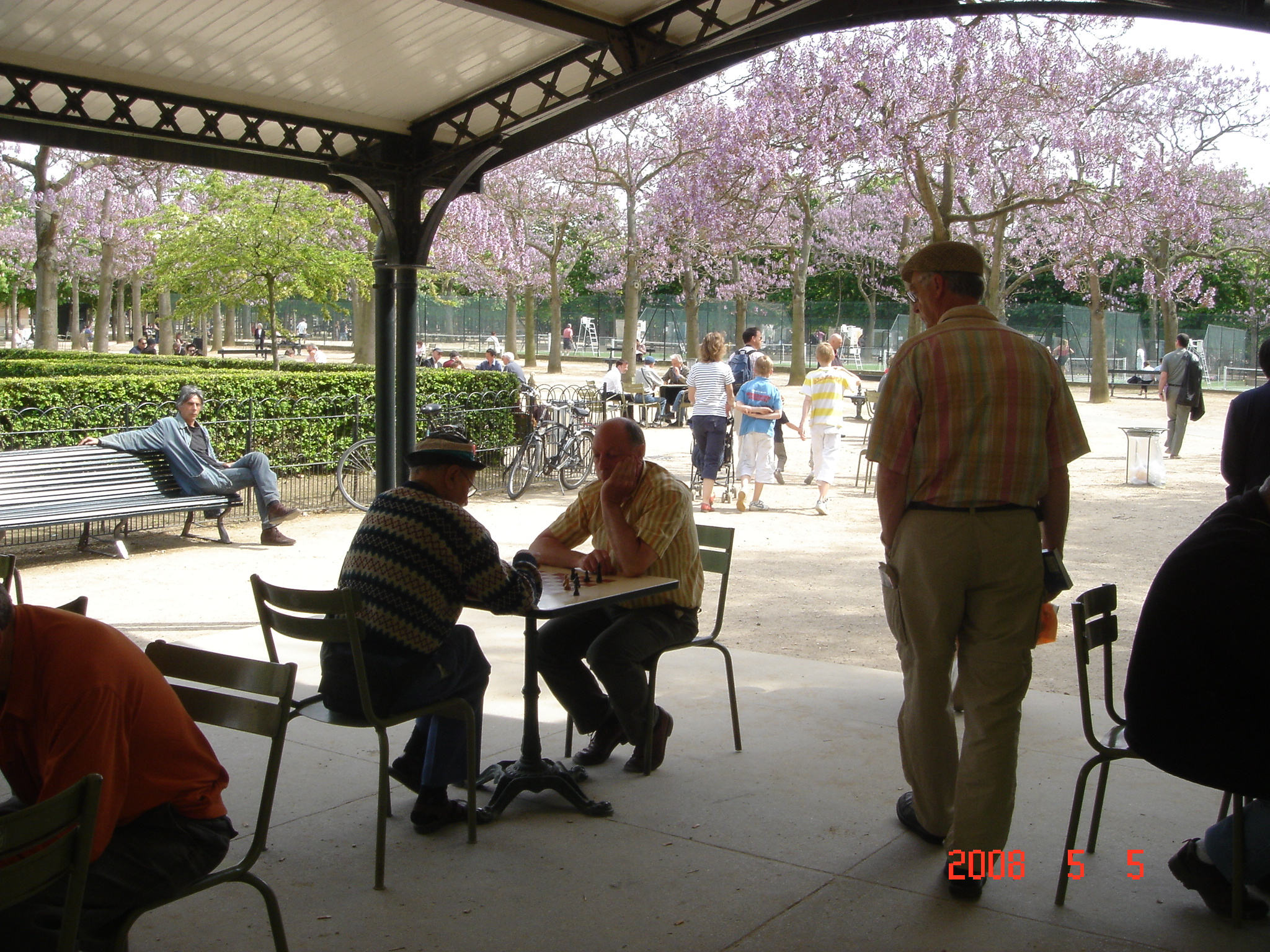 view of chess players - Jardin de Luxembourg - Paris