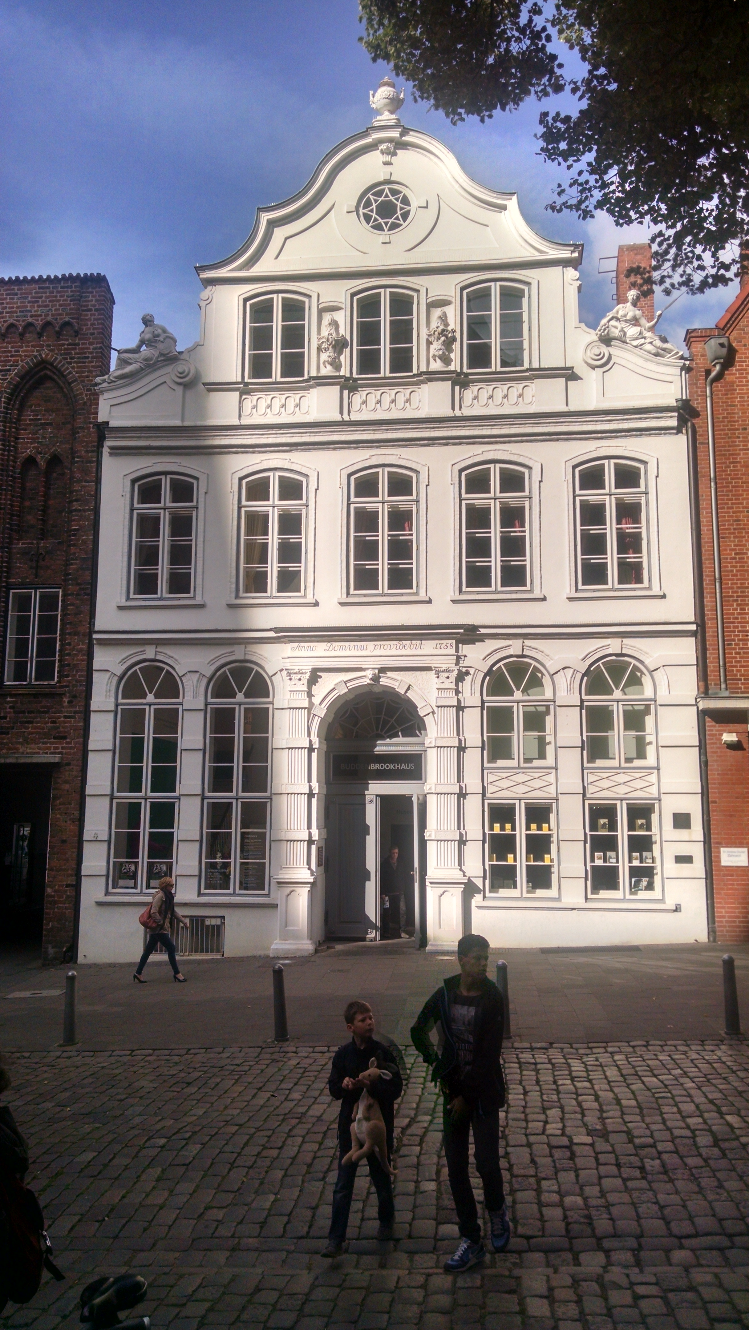Buddenbrook Haus, Lübeck - Gamesforlanguage.com