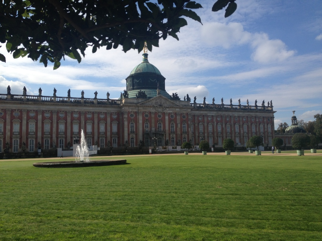 Neues Palais, Potsdam - Gamesforlanguage.com