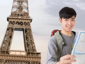 Young backpacking taveler in Paris