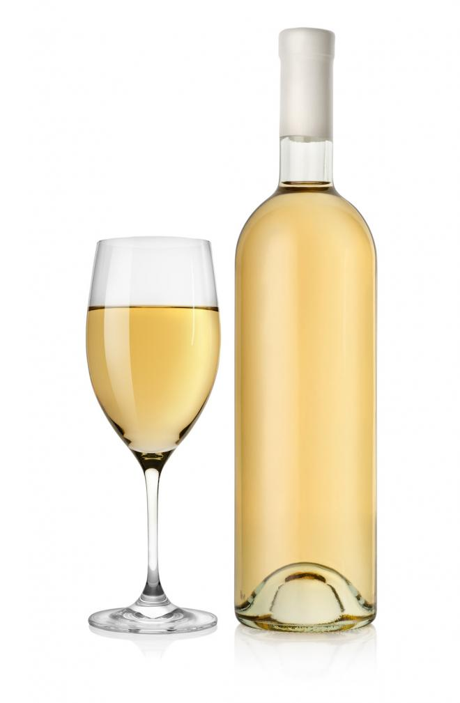 bottle of white wine -Gmesforlanguage.com